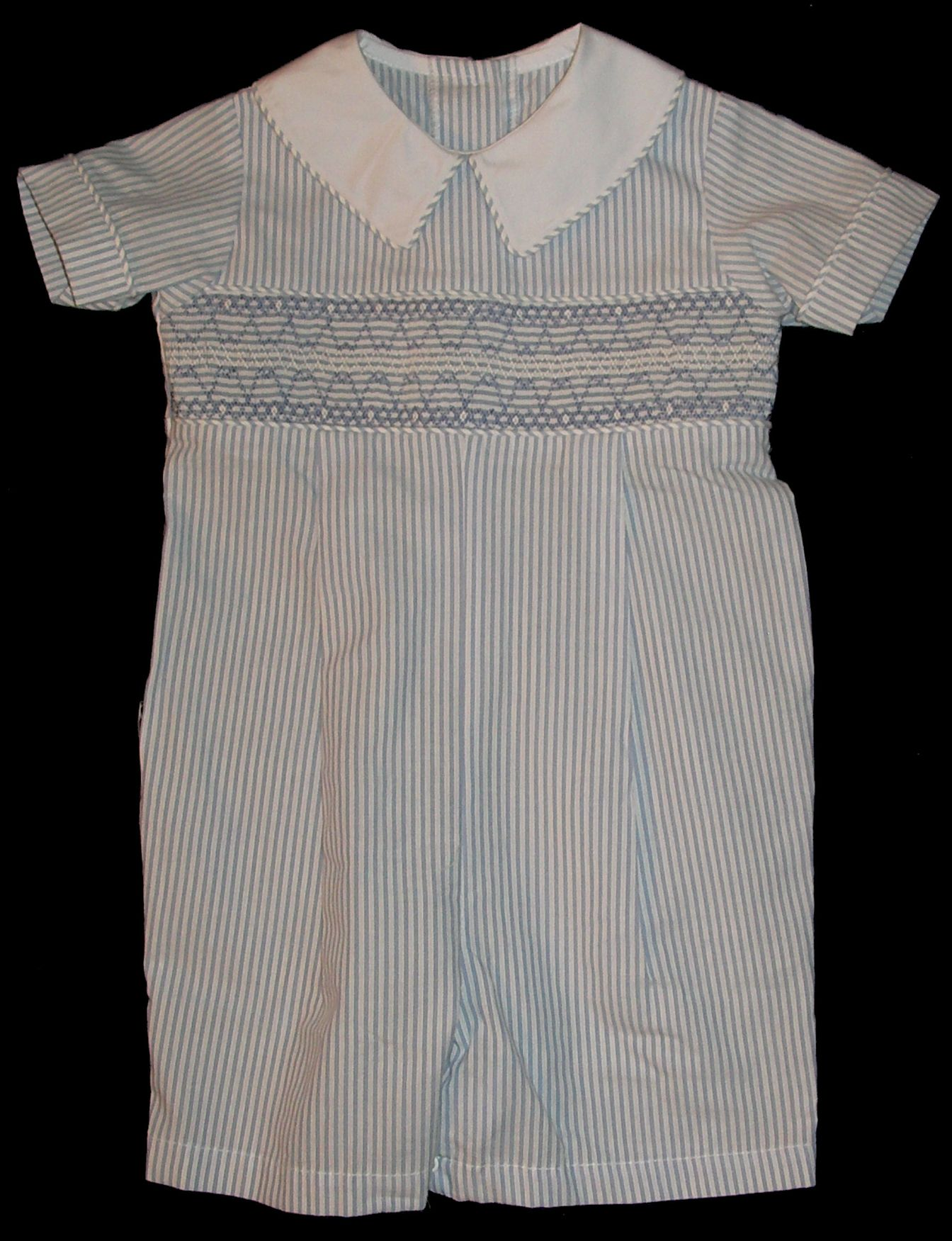Geometric Boy's Shortall _ Jacob