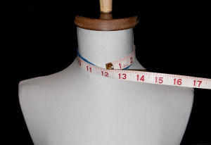 measuring neck size